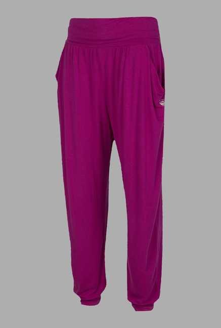 Doone Pink Regular Fit Training Capri