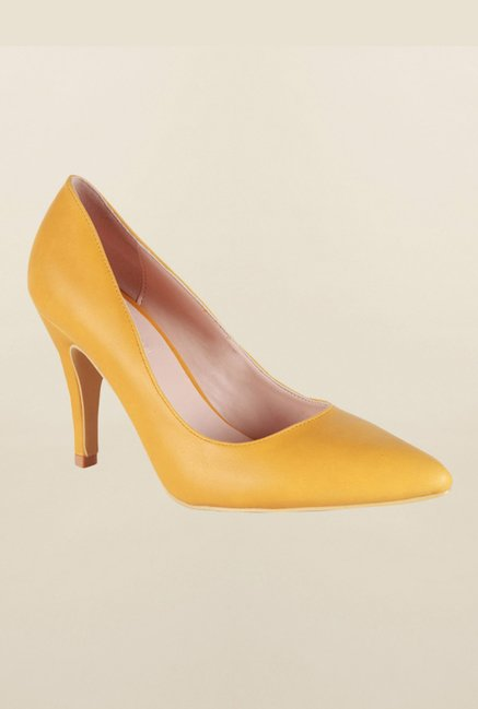 Van Heusen Yellow Pump Shoes
