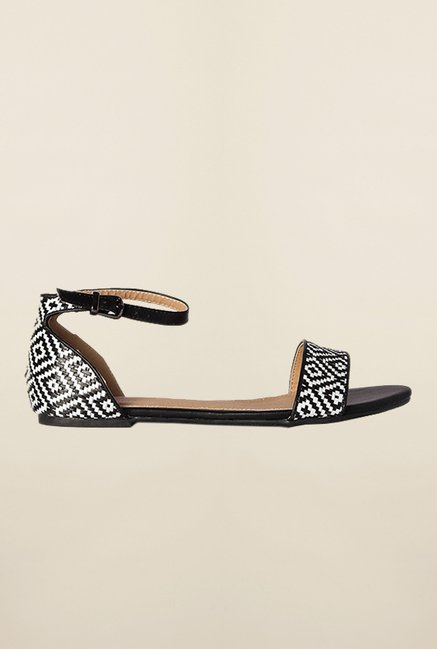 Van Heusen Black & White Ankle Strap Sandals