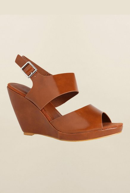 Van Heusen Brown Back Strap Wedges