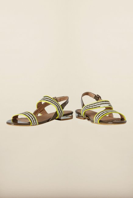 Van Heusen Brown & Yellow Back Strap Sandals