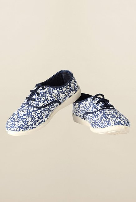 People Blue Casual Sneakers