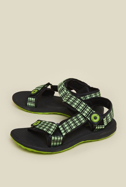 Zudio Green Berry Sandals