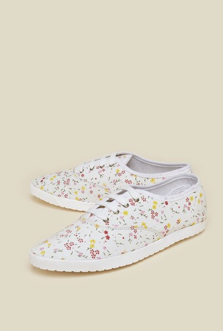 Zudio White Sneaker Shoes
