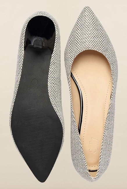 Allen Solly Black & White Pump Shoes