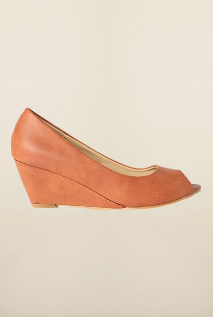 Van Heusen Brown Peep Toe Wedges