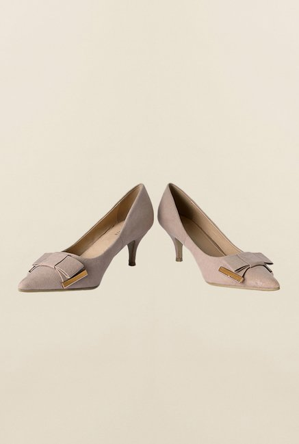 Van Heusen Beige Pump Shoes