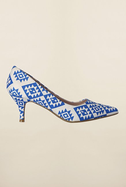 Van Heusen White & Blue Pump Shoes