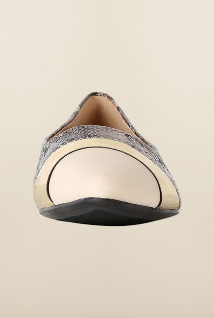 Van Heusen Black & Gold Causal Ballerinas