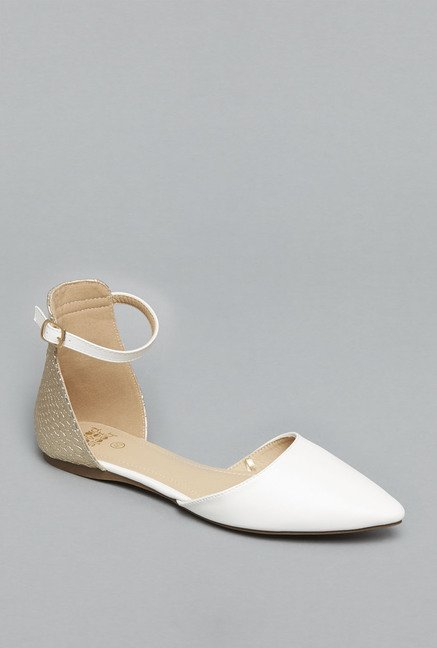 Head Over Heels White Flat Sandals
