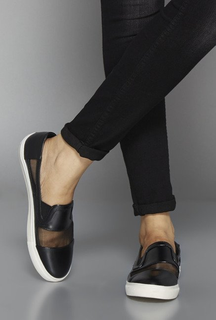 Head Over Heels Black Flat Shoes