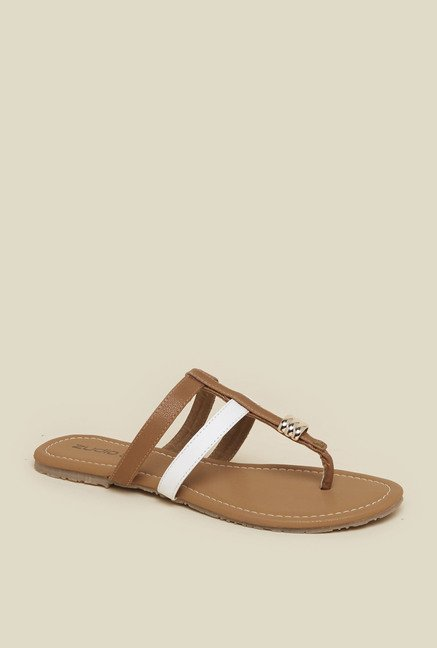 Zudio Beige Thong Flat Sandals