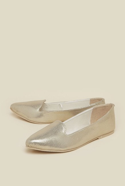 Zudio Gold Flat shoes
