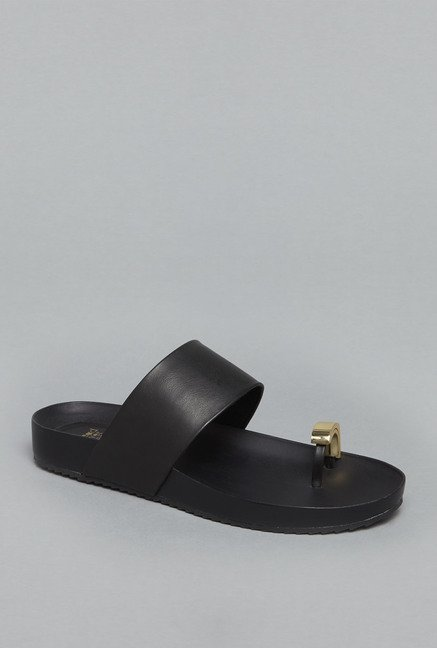 Head Over Heels Black Flat Sandals