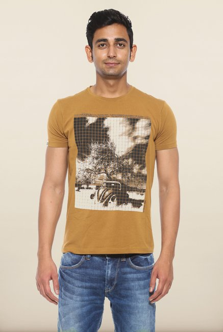 Spykar Camel Graphic Printed T shirt