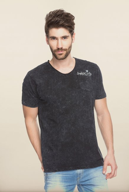 Spykar Black Cotton Solid T shirt