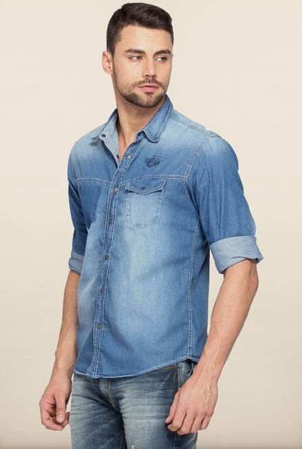 Spykar Blue Solid Regular Fit Shirt
