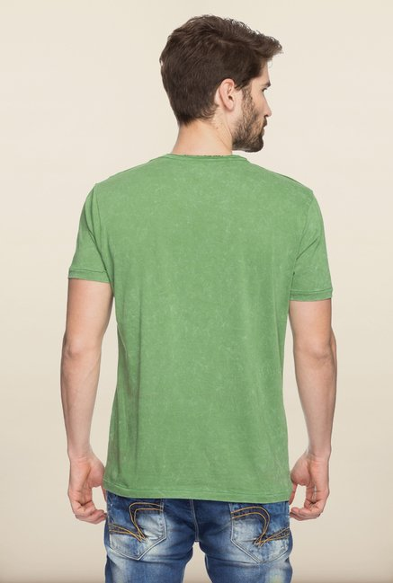 Spykar Green Graphic Printed Slim Fit T shirt