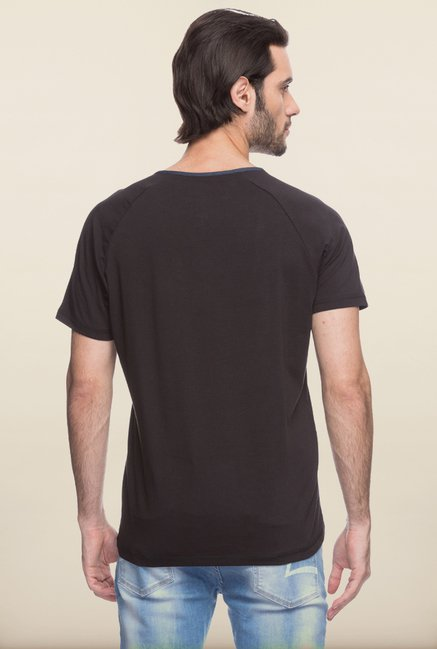 Spykar Black Solid T shirt