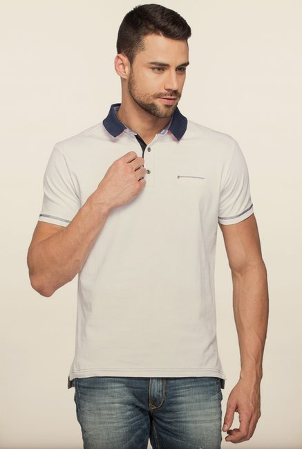Spykar White Solid Slim Fit T shirt