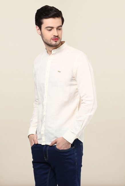 Turtle Cream Solid Casual Shirt