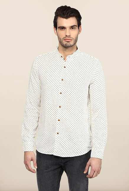 Turtle White Printed Casual Shirt