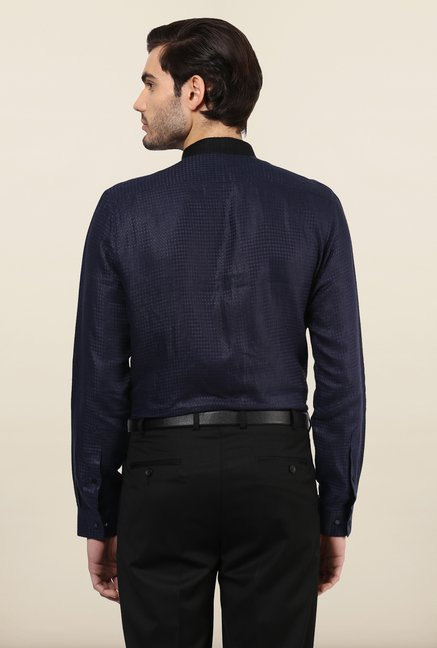 Turtle Navy Blue Textured Casual Shirt