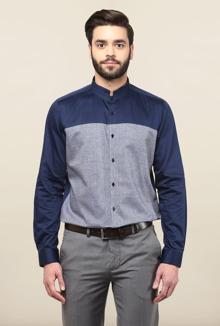 Turtle Navy & Grey Solid Casual Shirt