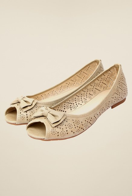 Solovoga Habow Beige Flat Shoes