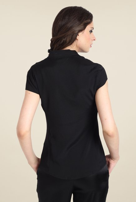Avirate Black Solid Short Sleeve Shirt