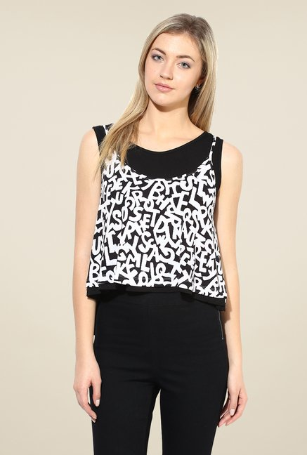 Avirate Black & White Printed Top