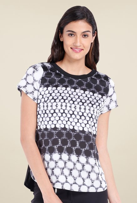 Avirate White & Black Printed Top