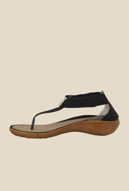 La Briza Black Wedge Sandals