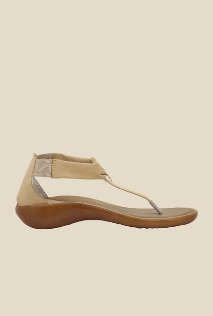 La Briza Beige Wedge Sandals