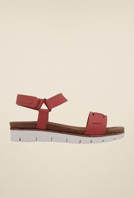 La Briza Dark Coral Back Strap Sandals