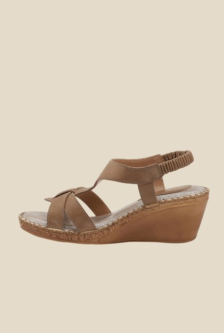 La Briza Dark Beige Back Strap Sandals
