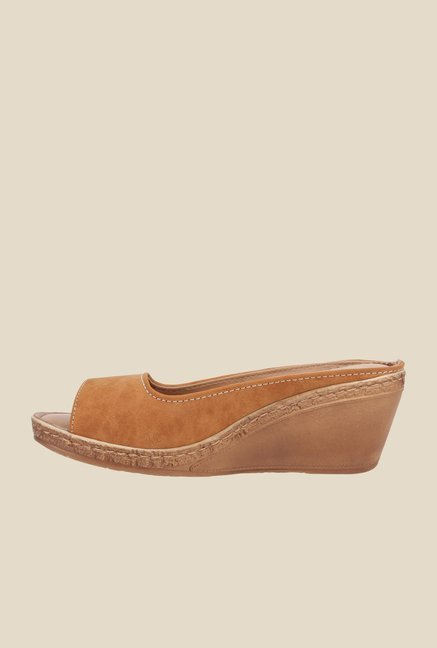 La Briza Tan Mule Wedge Sandals