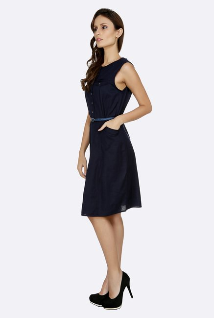 109 F Navy Solid Dress