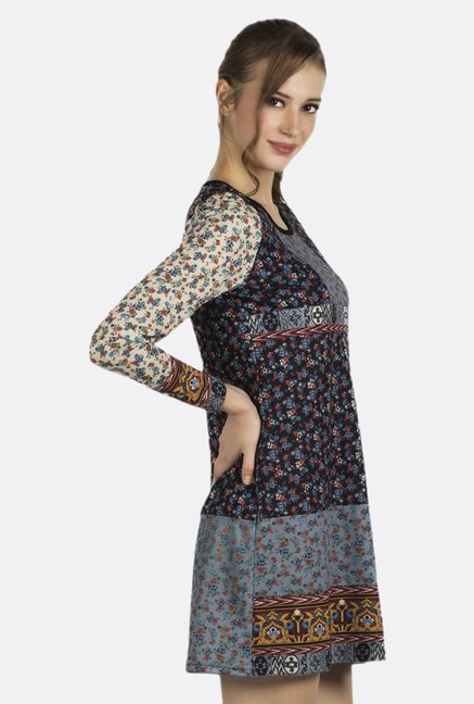 Fusion Beats Black Floral Printed Tunic