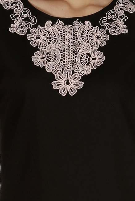 109 F Black Embroidered Top