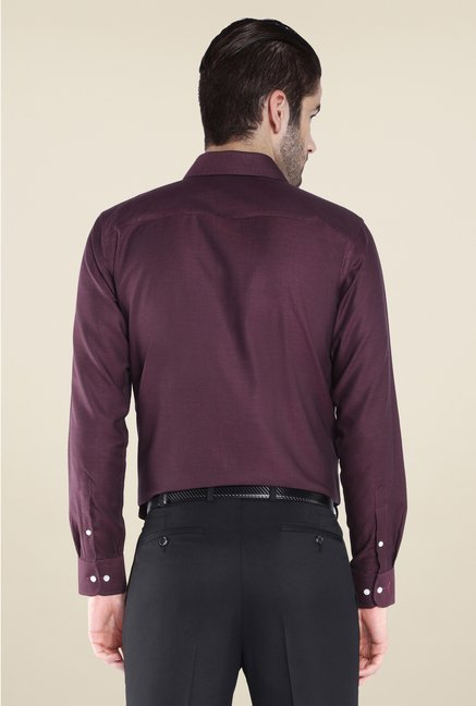 Park Avenue Maroon Solid Cotton Shirt
