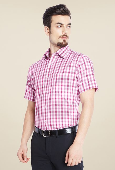 Park Avenue Red Checks Cotton Shirt