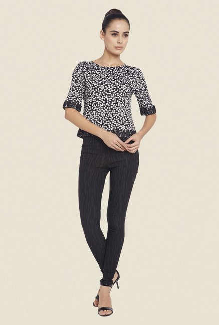 Globus Black Printed Round Neck Top