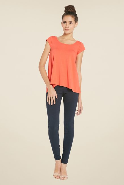 Globus Coral Round Neck Solid Top
