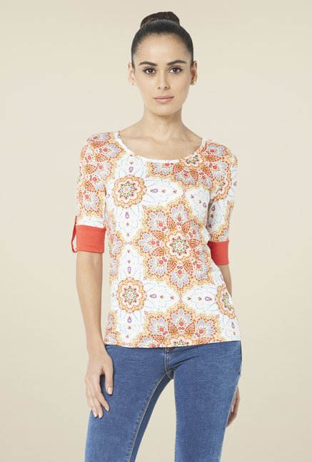 Globus White Elbow Sleeves Top