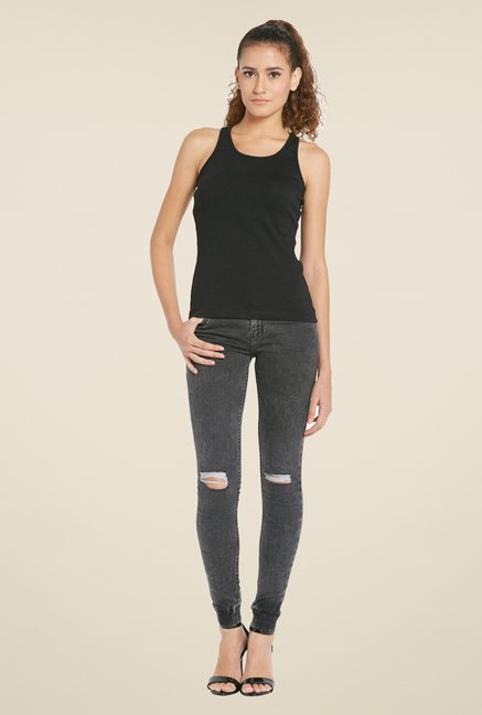 Globus Black Solid Sleeveless Tank Top