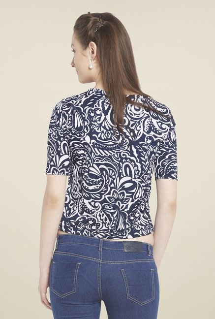 Globus Navy Paisley Printed Crop Top