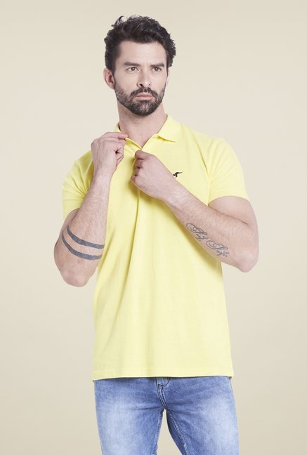 Globus Yellow Solid Polo T Shirt