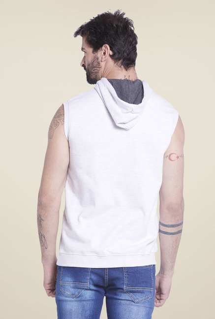 Globus White Solid Hooded T Shirt