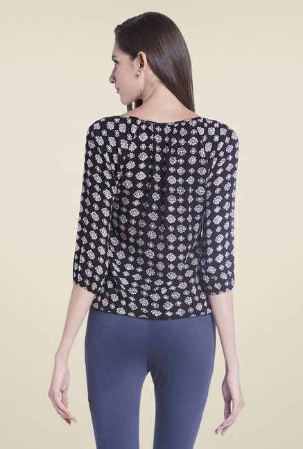 Globus Black Round Neck Top